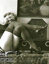 Lusty Beauties In Fine Prehistoric Vintage Photography Pics