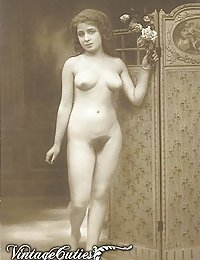 Vintage Photos Of Naked Ladies With Unshaven Bushes And Curvy Asses