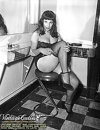 Gallery Full Of Vintage Naked Ladies Pics