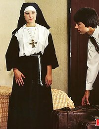 Retro nuns pleasing the hotel manager his big stiffy cock